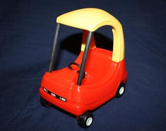 Little Tikes Doll House Size Toys Red and Yellow Car Cozy Coupe