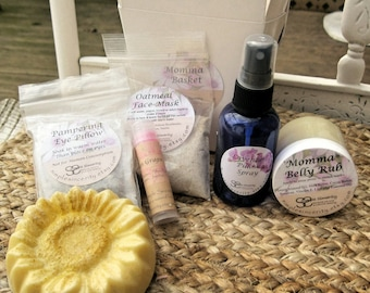 Expecting Mommy Gift Basket - Mom to Be Gift - New Mom Gift Basket - Bath & Beauty Gift Basket - All Natural - Lavender Gift Basket