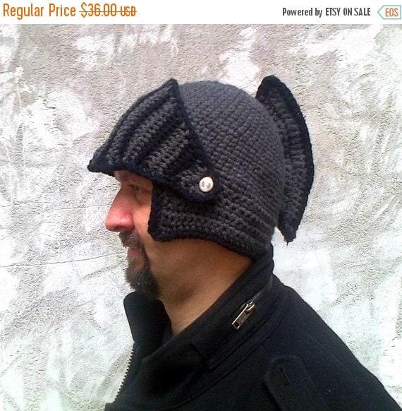 Il ragazzo del casco cavaliere regalo inverno cappello Mens cappello fratello regalo College studente regalo Crochet bici maschera inverno Knit Cap, Mens Knitted Beanie