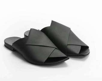 Woman sandals, Women leather, Black flats, Black summer sandals, Una Una Israel,
