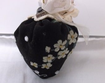 Vintage Handmade Pin Cushion