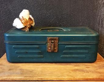 Vintage Industrial Box / Green Metal Box / Industrial Storage / Industrial Decor / Vintage Storage / Teal Metal Box / Metal Box With Handle