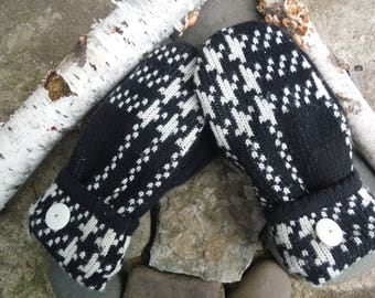 Sweater Mittens, made from recycled upcycled sweaters, fleece lined, black and white plaid, so warm and cozy