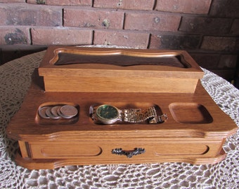 Men's Dresser Top Wood Valet Jewelry Box.