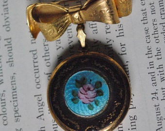 Vintage Gold Filled Locket - 1940s Guilloche Enamel, Sweetheart Locket, Brooch