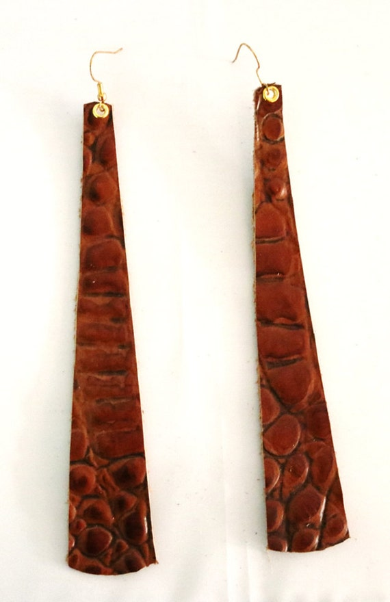 Long strip leather earrings - Lightweight leather earrings - Dangle Earrings - Boho Earrings - Drop earrings - Brown alligator print
