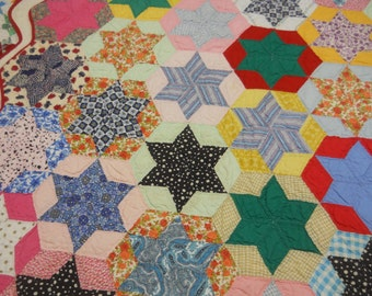 Bold and Graphic, Country Quilt!   Star in a Hexagon.   Hand Done.   Great Condition