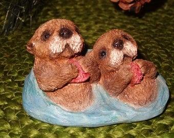 United Design Corp Otter Figurine / United Design Corp Figurine / Otter / Otter Collectiblw / Otter Figurine