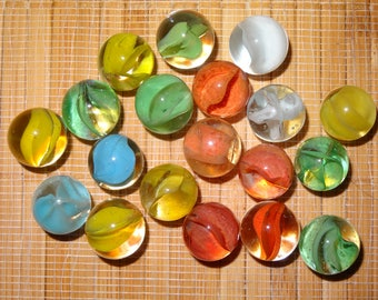 Lot of 19 Vintage Marbles / Cat's Eye Marbles / Toy Marbles / Game Marbles / Glass Marbles / Craft Supplies / Jewelry Supplies