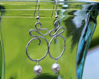 Hammered silver and pearl earrings