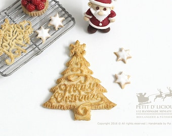 Christmas Tree Pie - MERRY CHRISTMAS Lettering Crust Topped- in 1/12th miniature Dollhouse Christmas Pie
