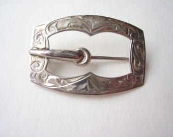 Antique sterling silver brooch, silver buckle brooch, silver buckle pin, antique buckle pin, etched sterling, hand carved silver, small pin