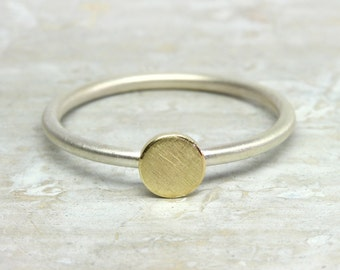 Silver ring with 8k Gold dot, 925 silver ring, 333 gold, yellow gold ring point