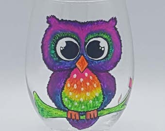 Owl Decor, Owl Gift, Owl Gifts For Her, Owl Wine Glass, Owl Gifts For Women, Wine Glasses, Painted Wine Glass, Owl Lover Gift, Colorful Owl