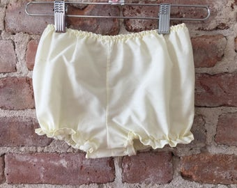 Classic Yellow Baby Bloomers - Baby Diaper Cover - Vintage Baby Bloomer - Ruffles