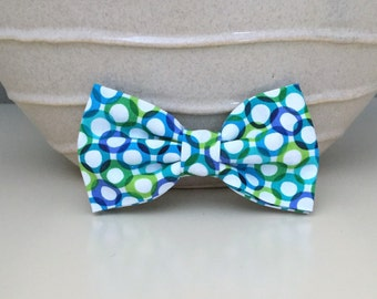 Dog Bow / Bow Tie - Retro Blue Green Lime Circles on White
