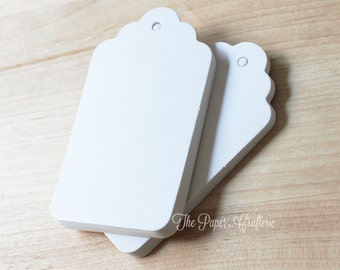 Blank White Scalloped Paper Gift Tag - Set of 25