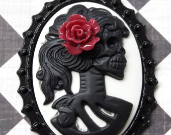 Black Skeleton With Red Rose Cameo Pendant Charm Jewelry Supplies