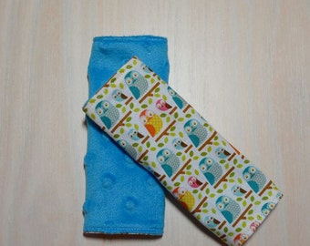 Car Seat Strap Covers - Small Blue & Orange Owls