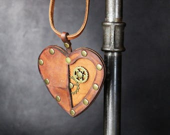 Mechanical Heart steampunk jewllery