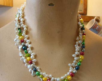 Multi colored beaded necklace, Vintge beaded strand necklace, Vintage beaded necklace, statement necklace, strand necklace