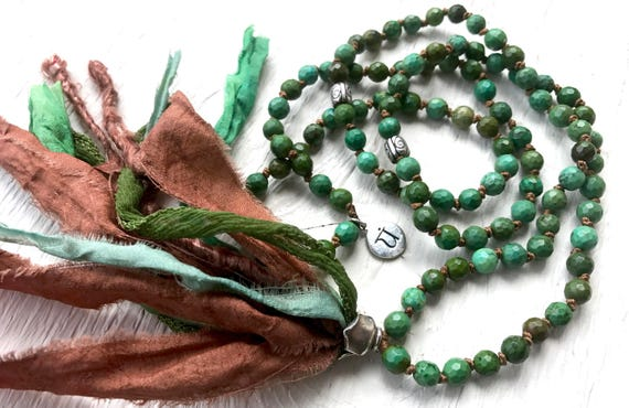 Green Turquoise Heart Chakra Mala Beads 108 Turquoise Mala Necklace Protection Mala Beads Silk Sari Tassel December Birthstone Yoga Jewelry