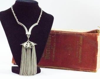 Tassel Necklace - Vintage Necklace - Vintage Silver Tone Necklace - Tassel Necklace - Gift for her - Gift For Mom