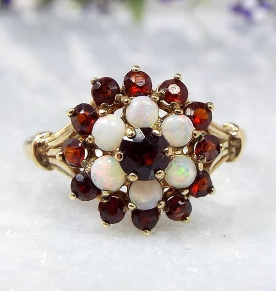Vintage 1977 9ct Yellow Gold Red Garnet and Opal Statement Cluster Ring / Size L
