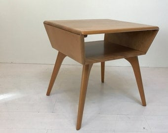 Haywood Wakefield lamp table