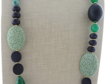 Chunky necklace, green emerald jade necklace, black wooden necklace, exotic necklace, beaded necklace, stone jewelry, contemporary jewelry
