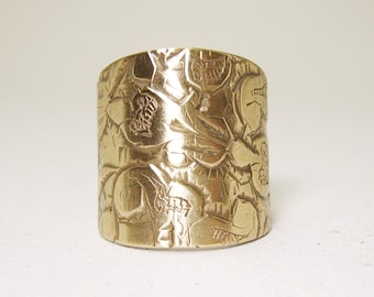 Engraved Brass Shield Ring in size 6 3/4, adjustable, Recycled Brass