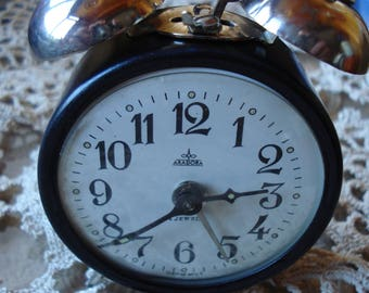 Vintage ARADORA Clock/ Romanian Clock/ Mechanical Alarm Clock/ Hand Winding / 1970s