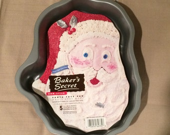 Vintage Baker's Secret Santa Face Cake Pan with Insert and Instructions