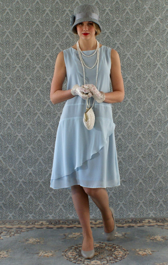 1920s Style Dresses, Flapper Dresses Stylish flapper dress in light blue Roaring 20s dress Great Gatsby dress Downton Abbey dress 1920s flapper dress robe Charleston dress $130.00 AT vintagedancer.com