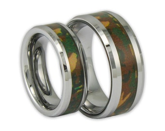 couples woodland camo tungsten ring set his and hers promise bands with engraving - Camo Wedding Ring Sets