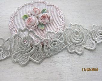 1yard- Embroidered Flowering Applique Lace/NBDL30-Antique Gray Applique Lace/ Vintage Gray Flowering Lace/ Applique
