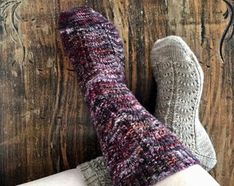 FANGIRL SOCKS: PDF knitting pattern instant download