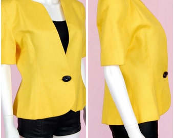 Yellow Jacket Vintage 90s Short Sleeve Blazer Size 8