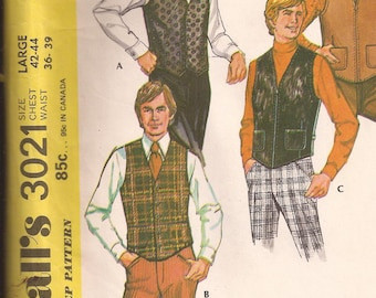 McCalls Men's Vest Pattern Size Large 42-44. Vintage 1971