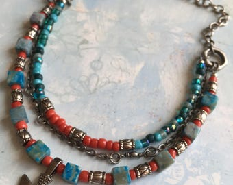 Item 266    Turquoise & Coral Beaded Necklace With Arrowhead Pendant