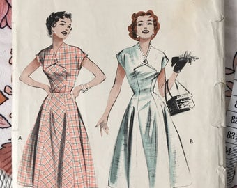 1950s Butterick Stylish Dress Pattern, Unused. 1950s Bust 34 Size 16