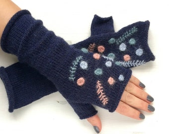 Knitted embroidered fingerless gloves, Knitted gloves, Fingerless knitted gloves mittens, Kintted arm Warmers, CHRISTMAS Gift for her, Grey