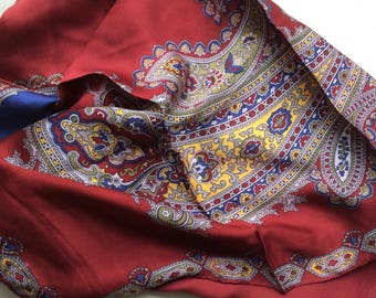 Vintage 60s silk headsquare with hand rolled hems,maroon Paisley headsquare.
