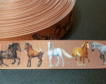 Horses printed 7/8 inch grosgrain ribbon for hair bows, scrapbooking, other crafts - sold in lengths of 1, 3 or 5 yards - M2127