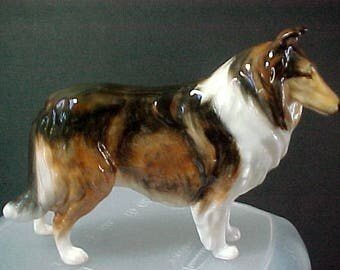 "Royal Doulton dog figurine Ch. Ashstead Applause  HN 1059 3-1/2"" tall x 5"" long Mint Condition"