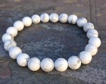 White howlite bracelet/howlite/beaded bracelet