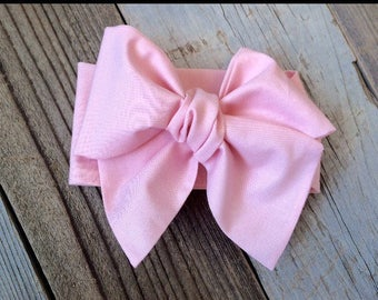 Light pink babygirl headwrap, oversized bow pink baby headwrap