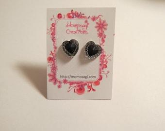 Black Hearts Resin Kawaii Earrings
