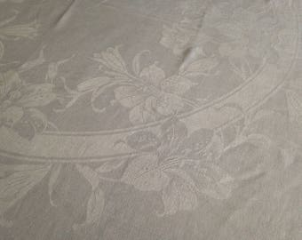Linen Lily Damask Tablecloth