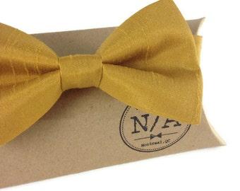 Mustard bow tie, yellow bow tie, wedding bow tie, groomsmen bow tie, rustic wedding, adjustable, pre-tied bow tie